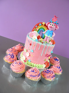 Princess Poppy Troll Cake