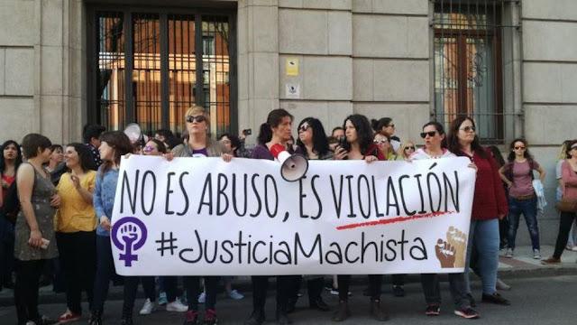 Concentración en Guadalajara a raíz de la sentencia contra la Manada. (Foto: eldiario.es)