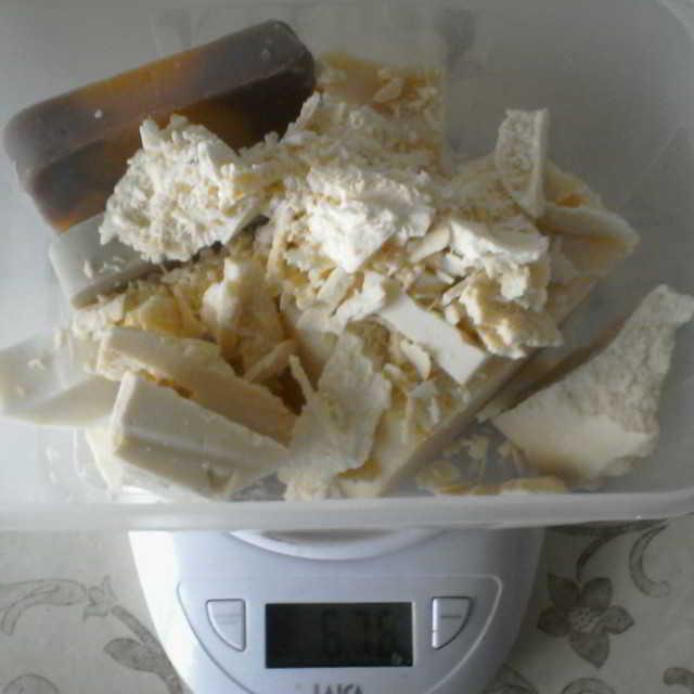 Recuperar un jabón rancio: Lavado del jabón con sal paso a paso
