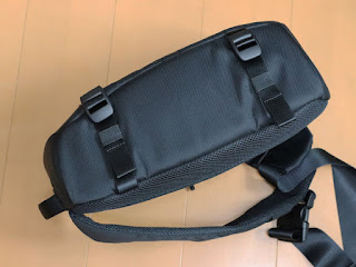 Incase DSLR Sling Pack CL58067 スリングバッグ7