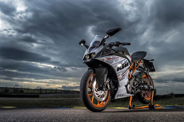 2015 KTM RC390 - (Pasar Eropa) 02