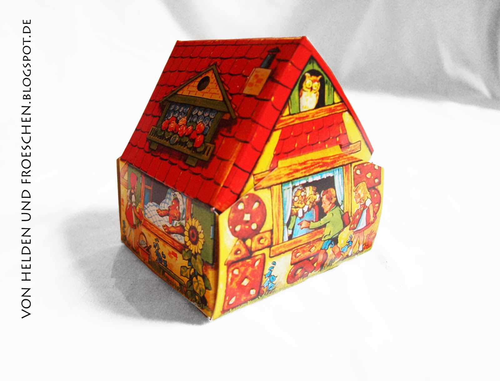von helden und froeschen ich schenk dir ein haus oder geschenke verpacken mal anders. Black Bedroom Furniture Sets. Home Design Ideas