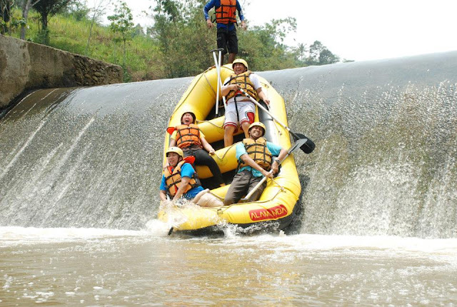 Arung Jeram Bogor