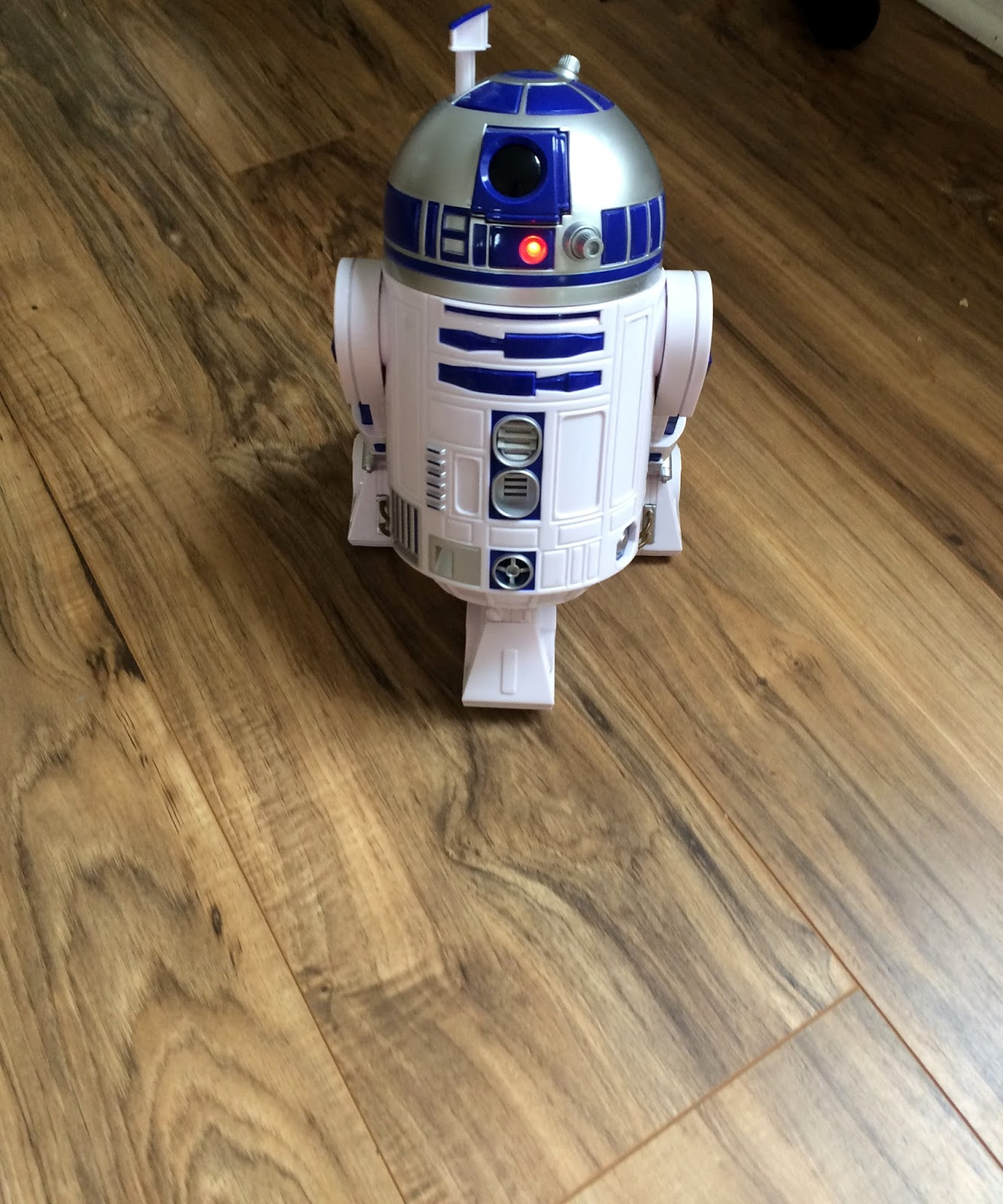 r2d2 talking walking robot star wars