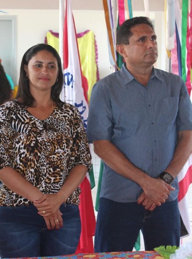 Resultado de imagem para costinha eleito prefeito de OLinda Nova