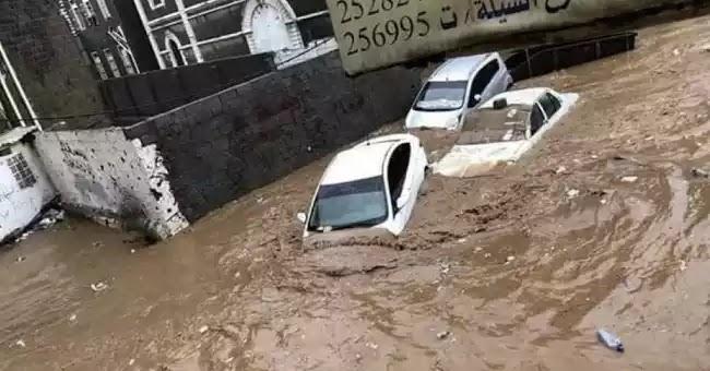 """«Τυχαίες» βιβλικές πλημμύρες στο Ιράν?  πριν λίγες μέρες δεν δέχτηκε την """"βοήθεια της Αμερικής"""""""