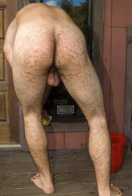 Men with big hanging balls