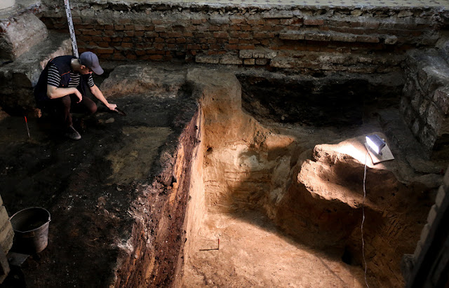 Medieval 'spy room' uncovered in Moscow during renovation work