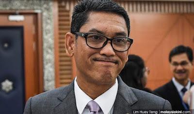Image result for Menurut perlembagaan negeri Perak MB mesti seorang Melayu beragama Islam.