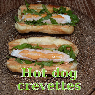 http://danslacuisinedhilary.blogspot.fr/2013/12/hot-dog-de-crevettes-shrimp-hot-dog.html