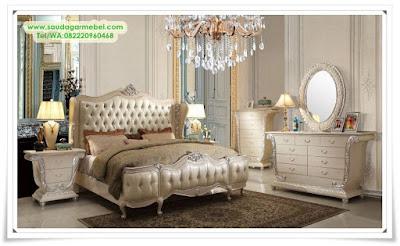 Set Tempat Tidur Mewah Victoria