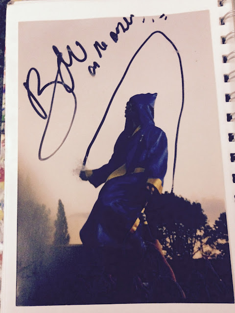 bono signed my pictures!