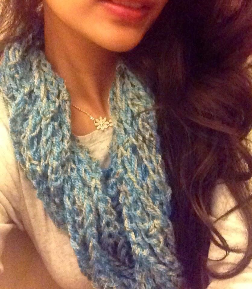 free crochet pattern, free crochet cowl pattern, free crochet infinity scarf pattern, free crochet easy cowl pattern, Vardhaman Millenium,