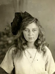 Miep Gies Anne Frank worldwartwo.filminspector.com