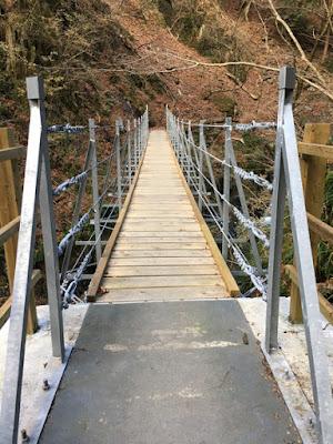 第3の吊り橋