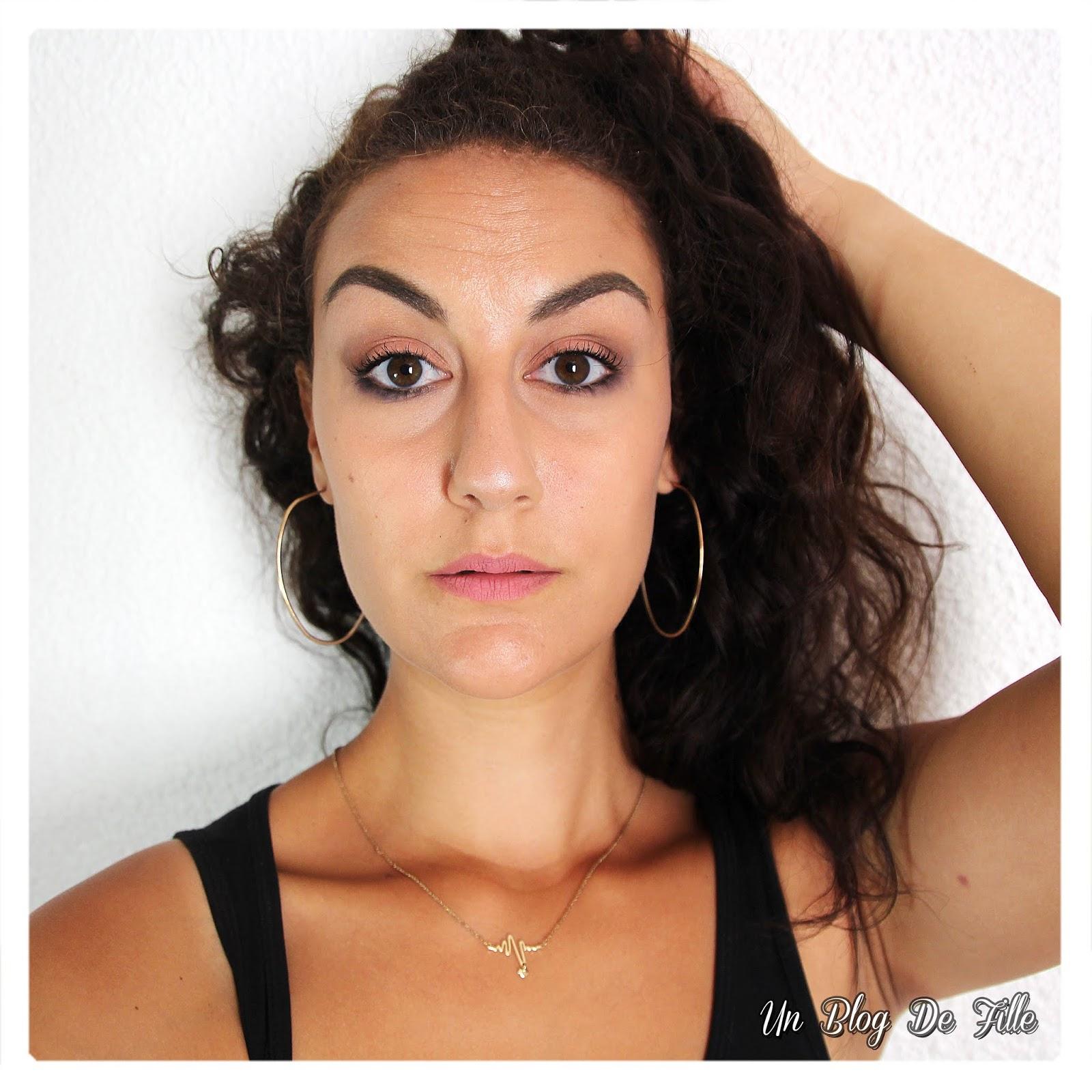 http://www.unblogdefille.fr/2018/09/maquillage-vieux-rose-et-indigo-msc.html