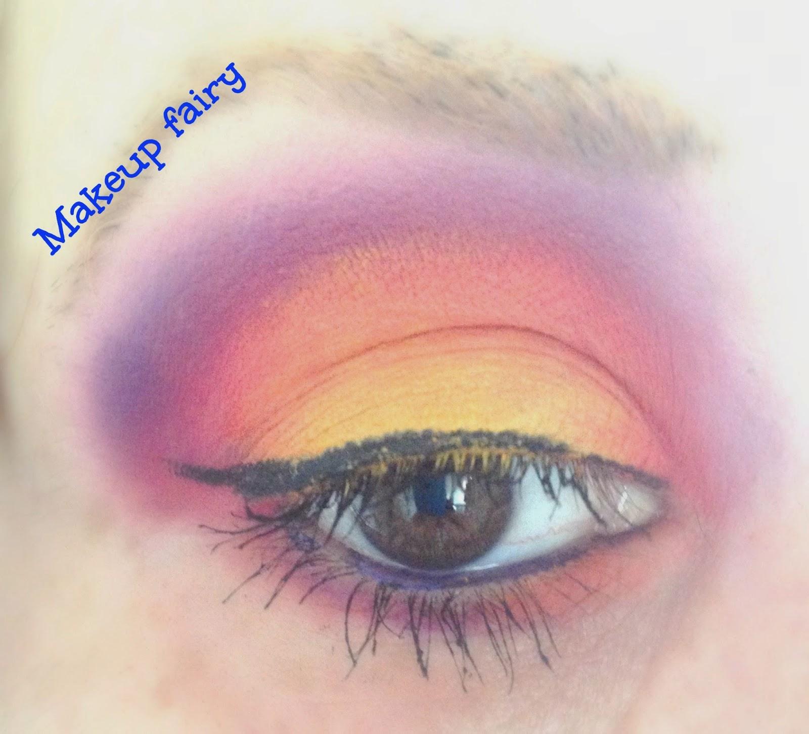 b8c4131174d eye makeup look burning sunset