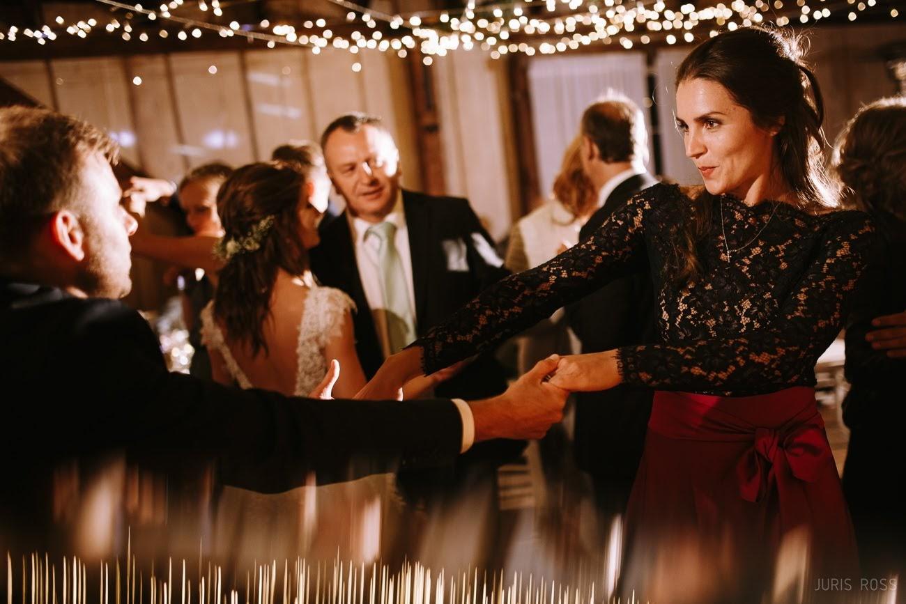 kāzu ballīte