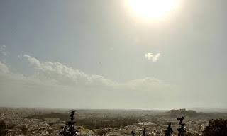 Αυτή είναι η Ελλάδα! Η φωτογραφία από την Αθήνα που κάνει το γύρο του Διαδικτύου