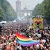 Το Βερολίνο γιόρτασε στο Gay Pride τον νόμο για τον γάμο των ομοφυλοφίλων - ΦΩΤΟ