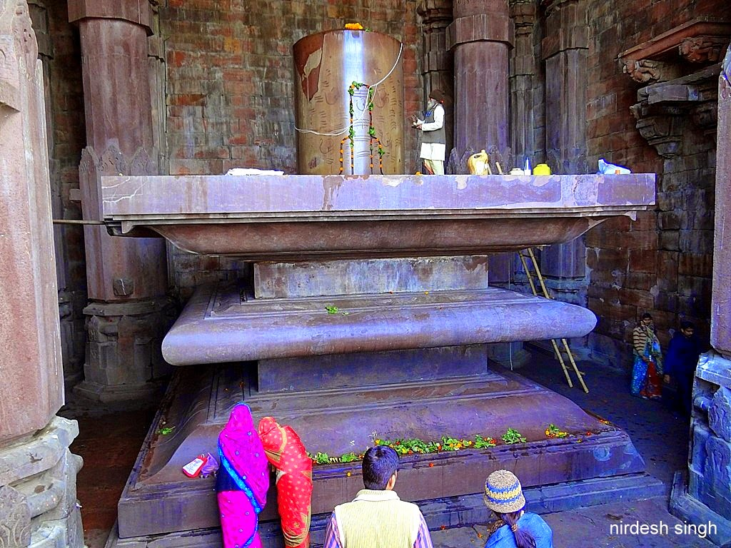 Just Tripping King Sized Bhojpur Temple The Incomplete