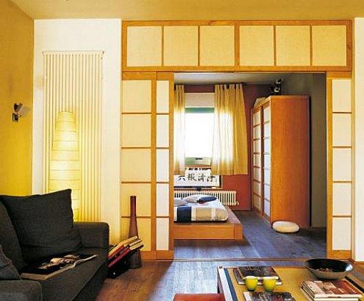 Decoraci n oriental para agrandar peque o apartamento de for Casa minimalista 60m2