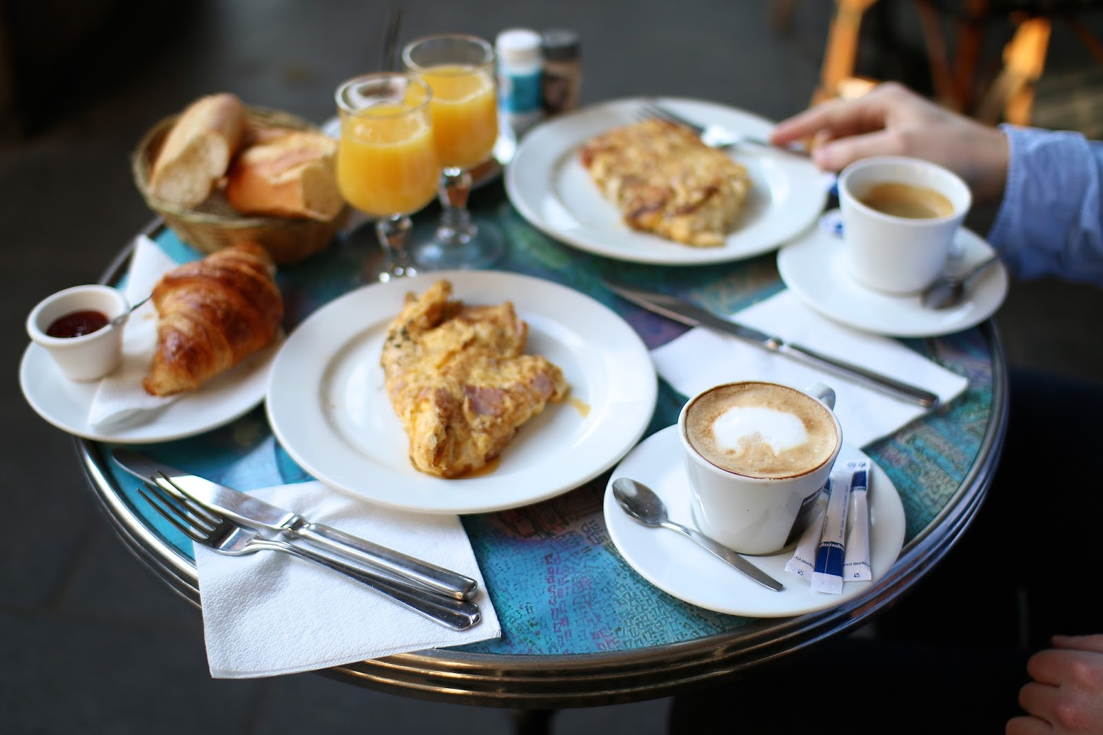 paris breakfasts
