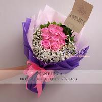 toko bunga valentine, bunga valentine, bunga dan cokelat valentine, buket rose, toko bunga jakarta