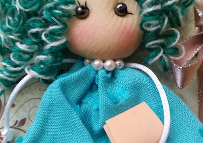 Detalle de muñeca