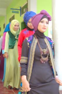 http://tatabusanasmkplusqurrotaayun.blogspot.co.id/