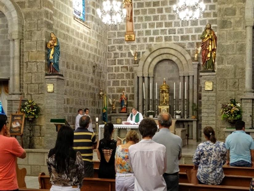 Missa na Igreja de São Pedro - o que fazer em Gramado de graça, RS - atrações gratuitas