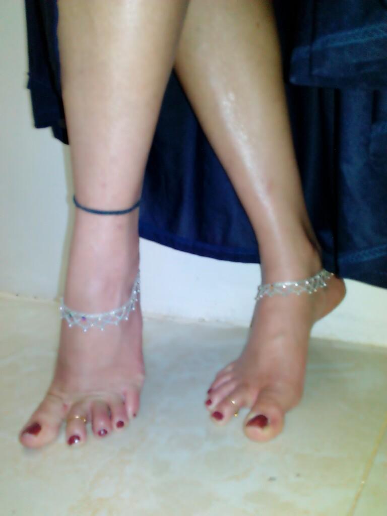 anklet feet desi Search  XVIDEOSCOM