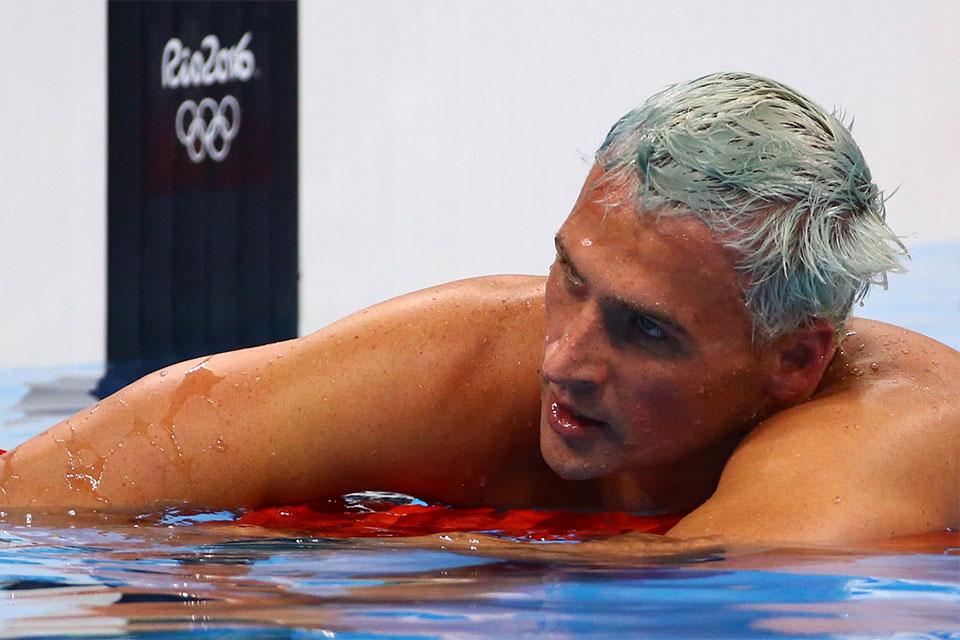 O nadador norte-americano Ryan Lochte pediu desculpas depois de ter relatado falto assalto no Rio de Janeiro. Foto: Reuters/David Gray/Direitos Reservados