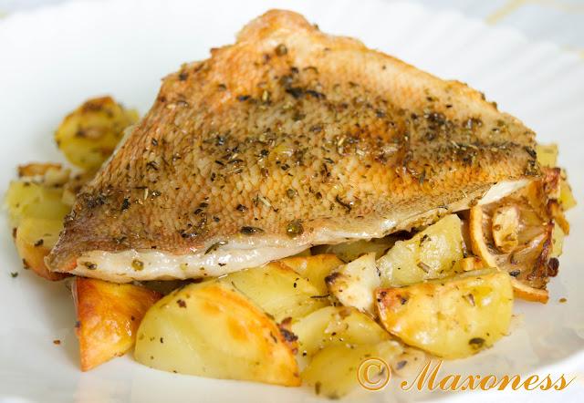 Рыба с картофелем и специями
