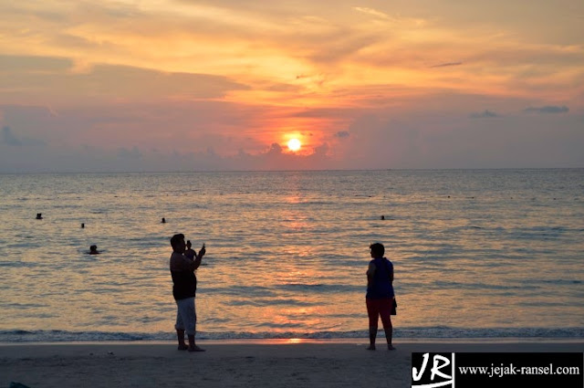 View Sunset Pantai Patong