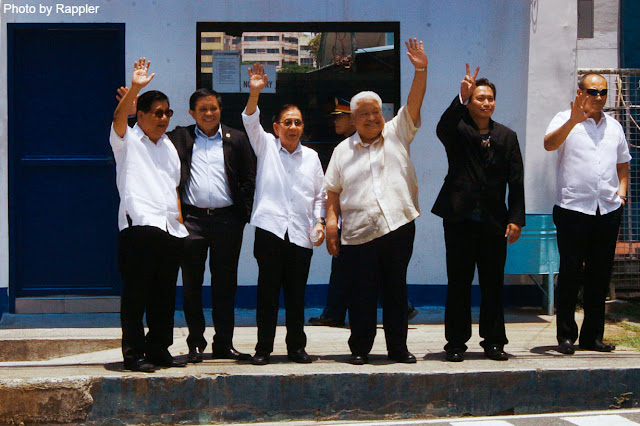 Int'l political analyst quips at LP's Magnificent 7: Calling them '7 Clowns' is more fitting