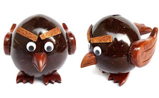 Celengan angry bird dari batok kelapa