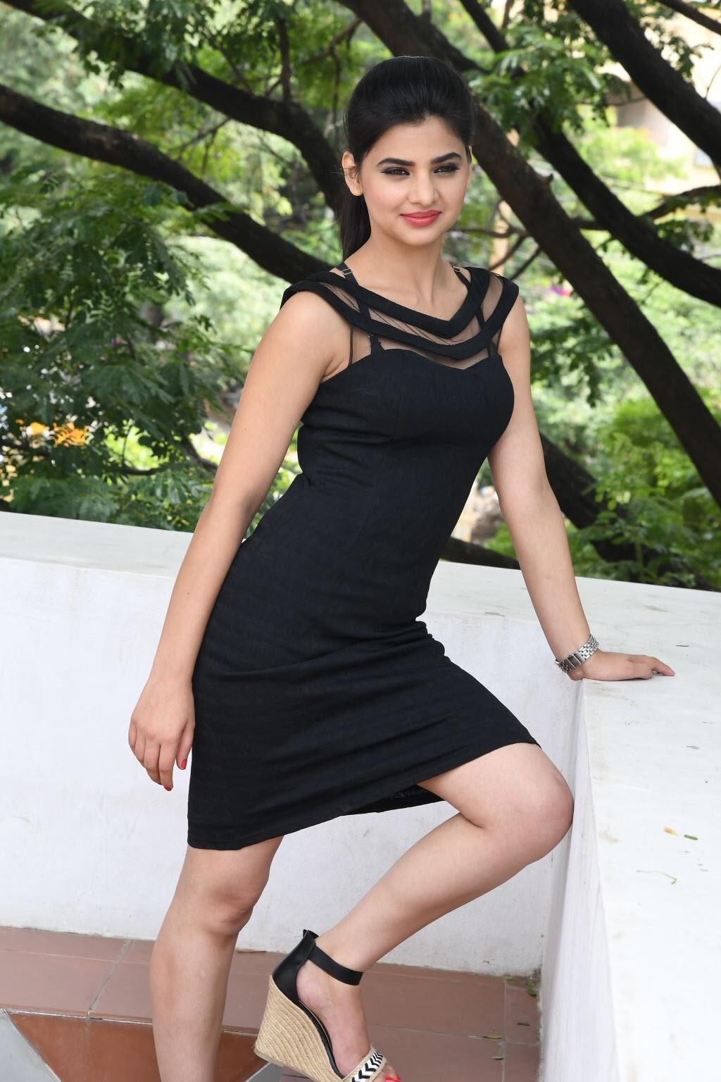 kamna ranawat new glam pics-HQ-Photo-15