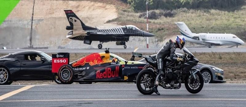 Τουρκία: «Σπριντ» έκαναν σε πίστα αεροδρομίου μια μοτοσικλέτα, ένα μονοθέσιο της Formula 1, ένα μαχητικό αεροσκάφος, ένα επιβατικό τζετ και πέντε αυτοκίνητα - Άραγε ποιος κέρδισε; (βίντεο)