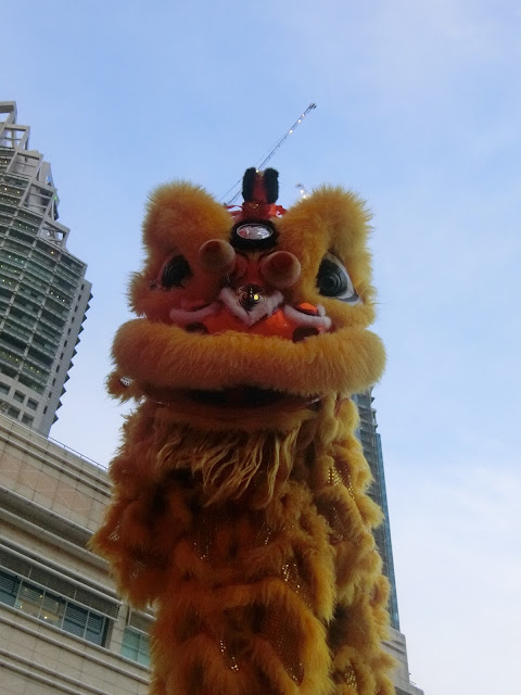 Suria Klcc Usher In The Lunar New Year With Peranakan