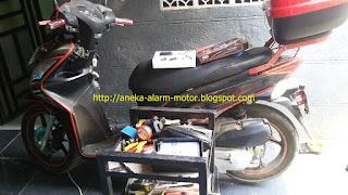 Cara pasang alarm motor Honda Spacy Karbu