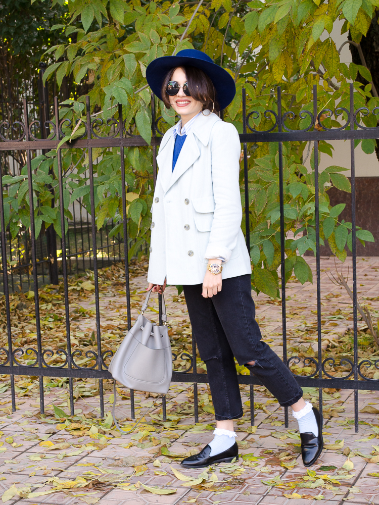fashion blogger diyorasnotes ripped jeans blue hat asos socls loafers stripped shirt