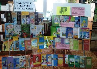 foto expoziţie Valenţele literaturii pentru copii