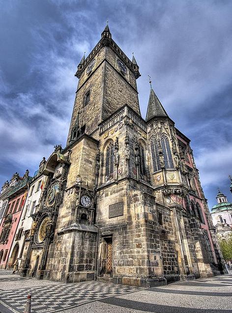 La hermosa ciudad de Praga Iglesia