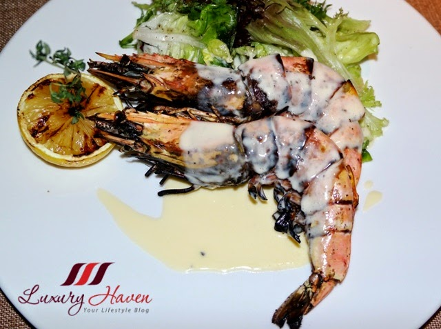 doubletree hilton johor bahru tosca grilled prawns review
