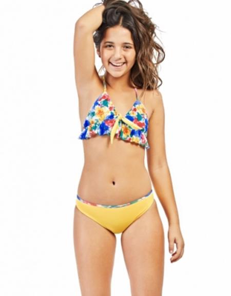 Moda 2018 bikinis de nena.
