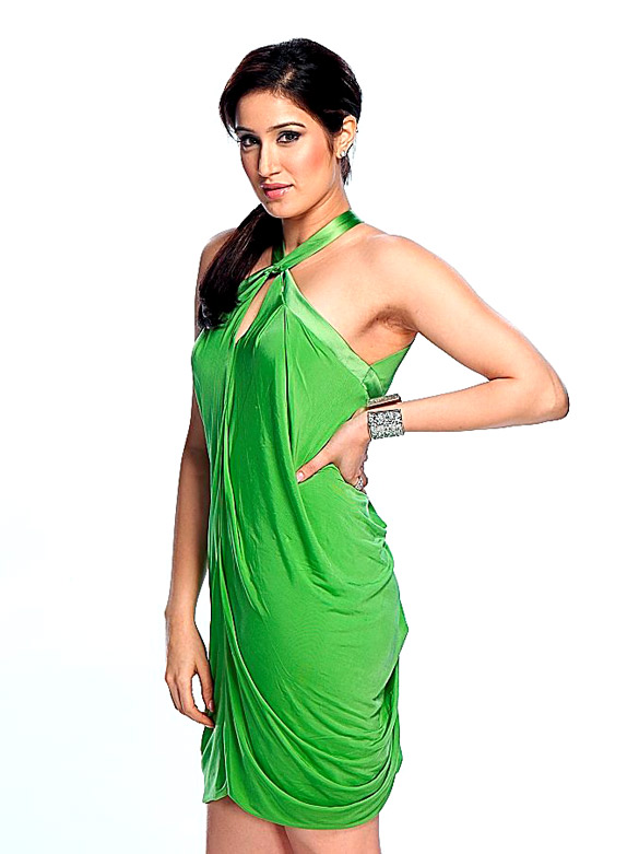 Rush Hot Sagarika Ghatge neha dhupia photoshoot
