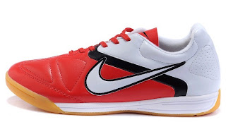 Grosir Sepatu Futsal & Bola Surabaya