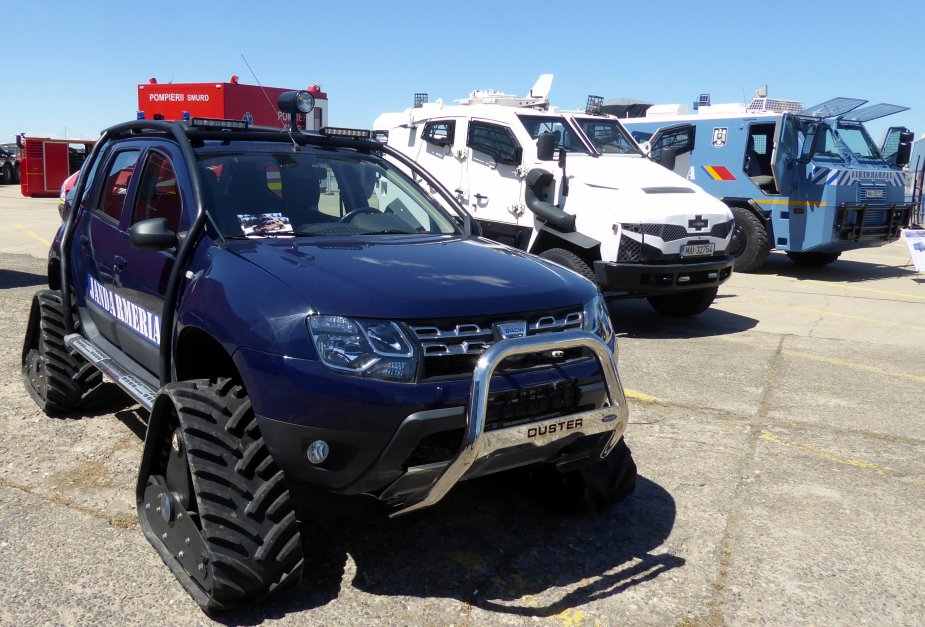 world new news: ACF Tracks on Dacia Duster 4x4 for Romanian