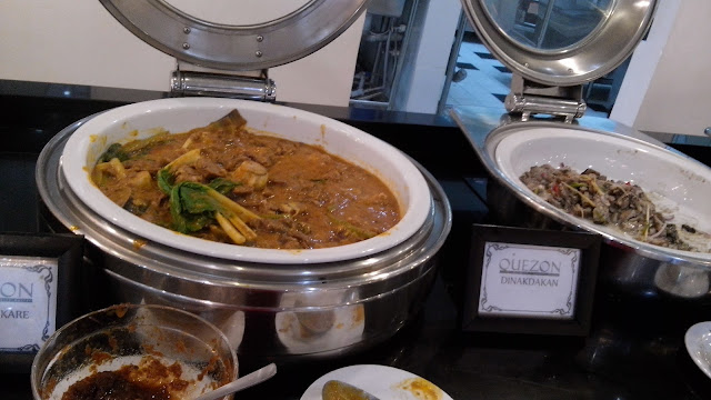 Kare Kare and Dinakdakan, food blog philippines,